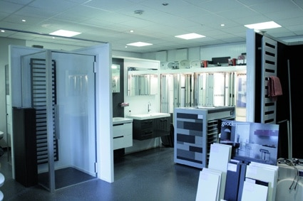 Badkamer Showroom Katwijk : Cosi sanitair blij met een mooie badkamer rijnstreek business